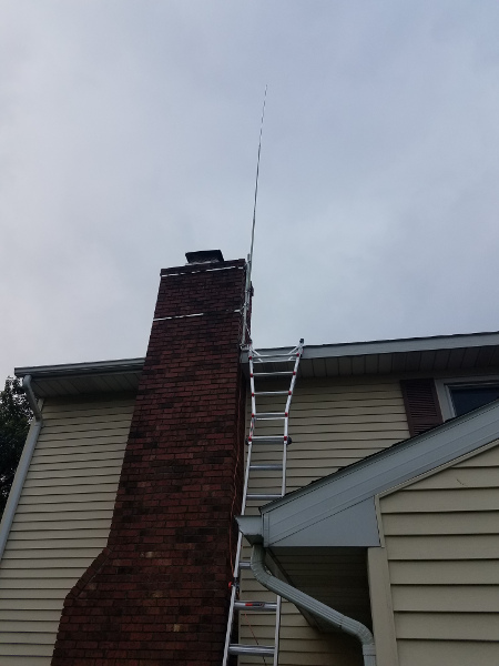 Image for 10 Meter antenna is up.