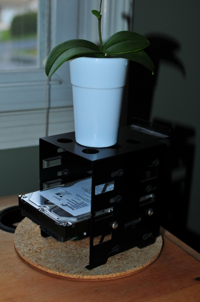 Image for 2tb plant stand